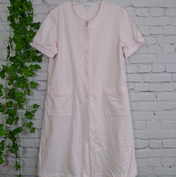 New Miss Elaine nightgown floral embroidered small